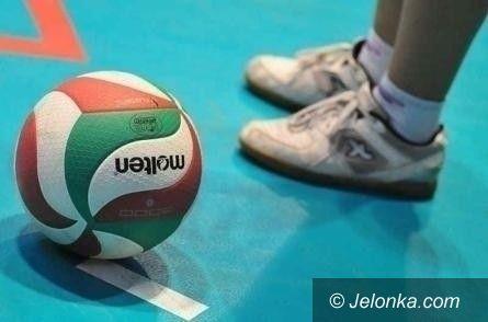 Jelenia Góra: SP 3 wygrywa w turnieju siatkarskich czwórek