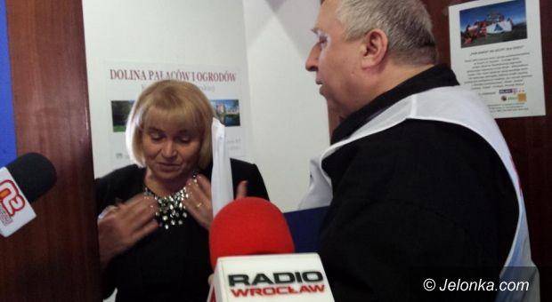 Jelenia Góra: Związkowcy zablokowali biuro poselskie Zofii Czernow