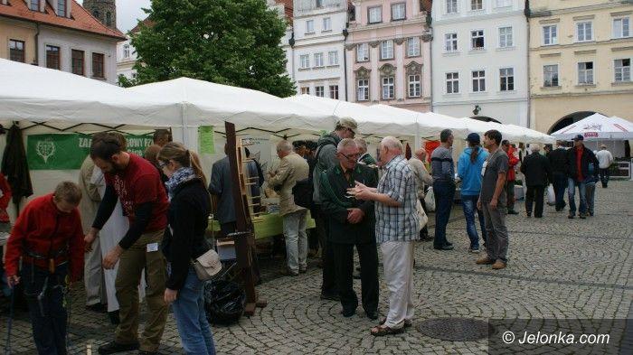 Jelenia Góra: Można się zgłaszać na targi organizacji pozarządowych