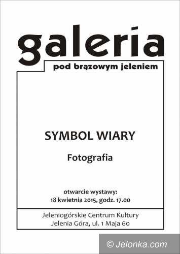 """Jelenia Góra: """"Symbol wiary"""" Tadeusza Biłozora pod Brązowym Jeleniem"""
