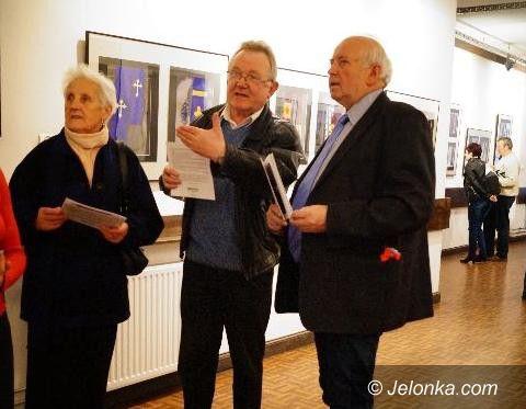Jelenia Góra: Symbol wiary w obiektywie Tadeusza Biłozora