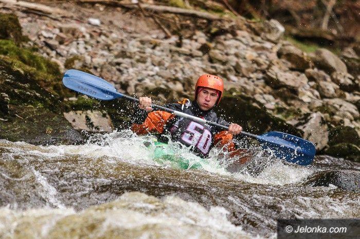 Szklarska Poręba: AMP: Studenci rywalizowali na rzece Kamienna