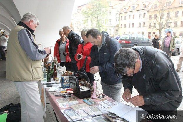 Jelenia Góra: Giełda staroci na Placu Ratuszowym