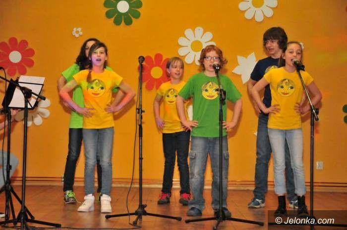 Mysłakowice: Młodzi artyści śpiewem witali wiosnę