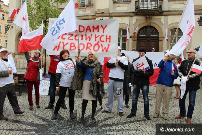 Jelenia Góra: Zwolennicy PiS: Żądamy uczciwych wyborów