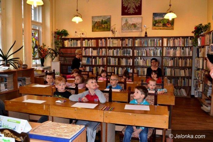 Jelenia Góra: Przedszkolaki na spotkaniu z uczniami Rzemiosł
