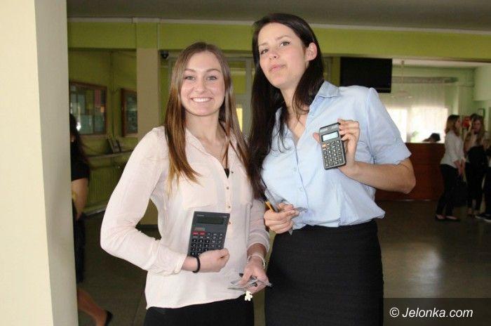 Jelenia Góra: Już po maturze z matematyki. Dzisiaj język angielski