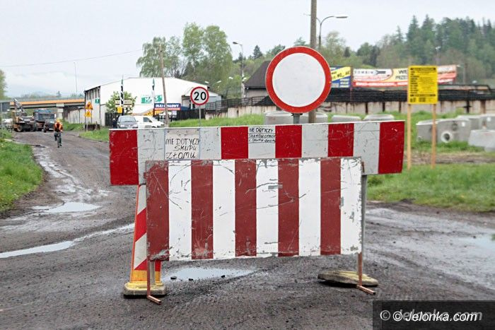 Jelenia Góra: Ruszył remont Łomnickiej. Część ulicy zamknięta