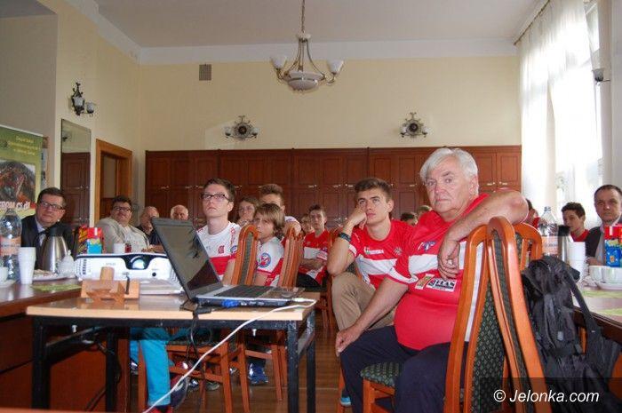 Jelenia Góra: O wyjeździe młodzieży na mistrzostwa do Turcji (foto)