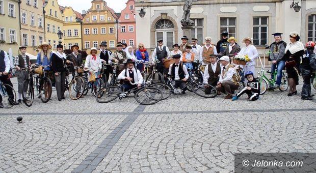 Jelenia Góra: Retro rowerzyści już po raz siódmy