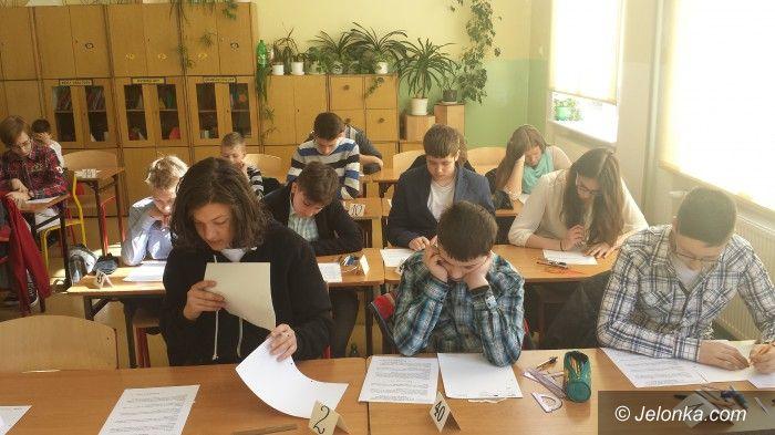 Jelenia Góra: Zmagania z królową nauk w Gimnazjum nr 1