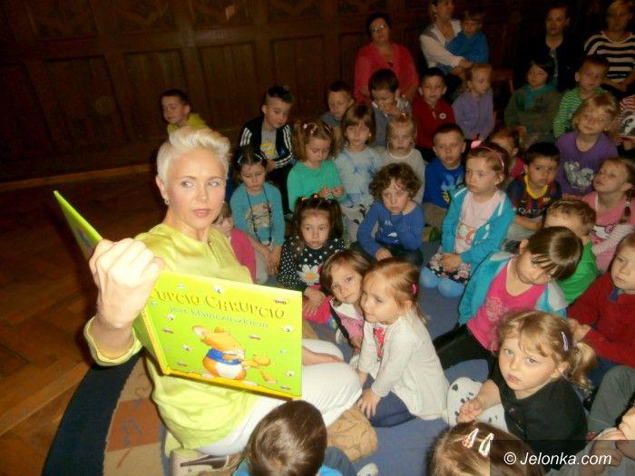 Jelenia Góra: Anna Samusionek u przedszkolaków