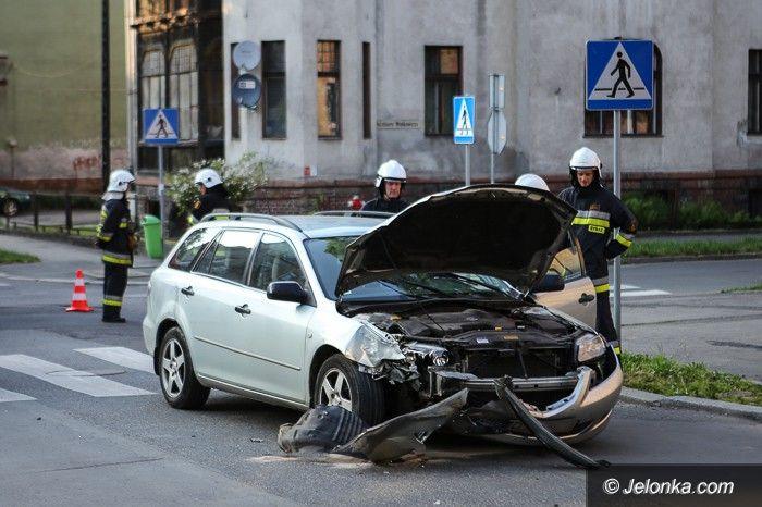 Jelenia Góra: Nie ustąpił pierwszeństwa, doszło do zderzenia