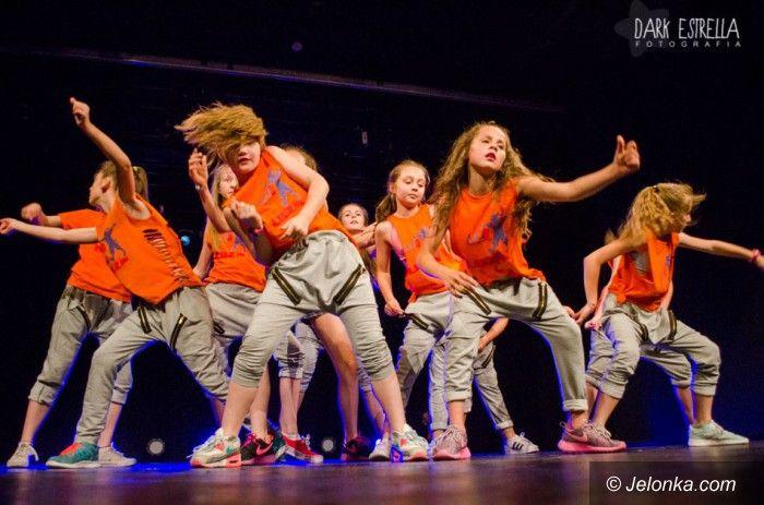 Jelenia Góra: Młodzi z No Name Dance Studio na scenie JCK