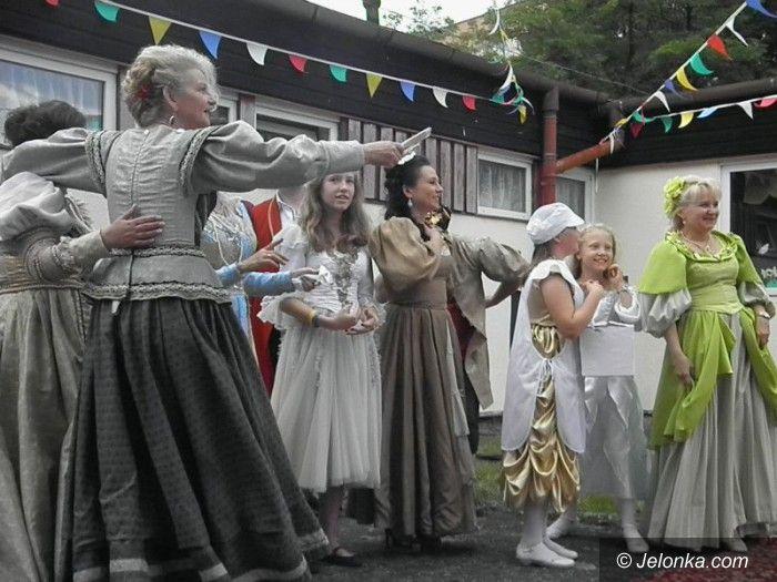 """Jelenia Góra: Festyn w """"Trzynasteczce"""" pełen radości i zabawy"""