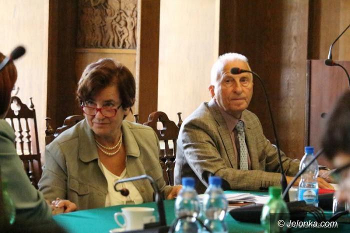 Jelenia Góra: Radni przyznali honorowe tytuły i nagrody Miasta