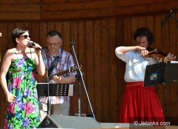 Jelenia Góra: Gorący koncert promenadowy w Parku Zdrojowym
