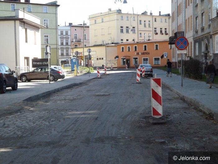 Jelenia Góra: Remont ulicy Okrzei dobiega końca
