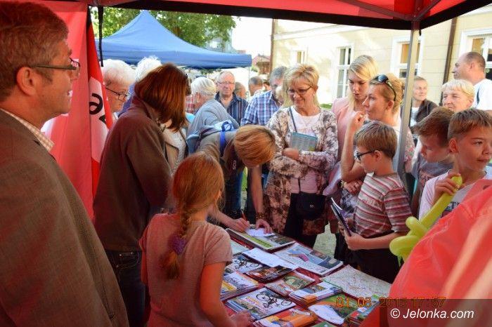 Powiat: Karkonosze promowane na Święcie Kaszy w Trzebiatowie