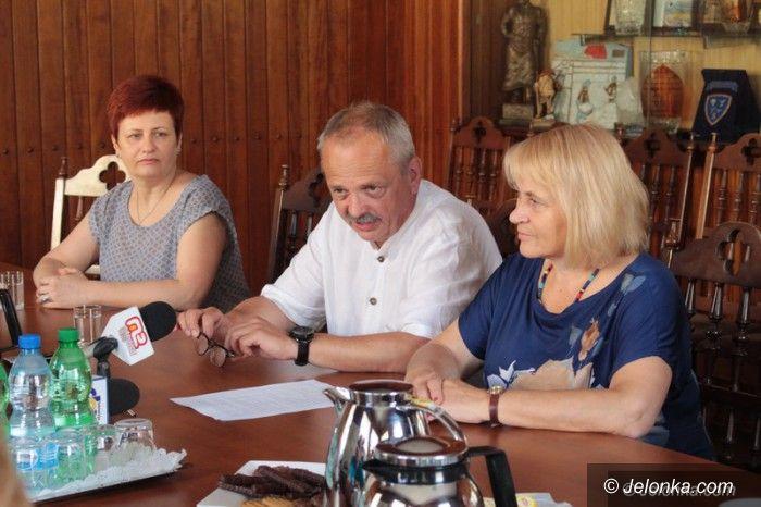 Jelenia Góra: W Ratuszu o udogodnieniu w zamianie mieszkań