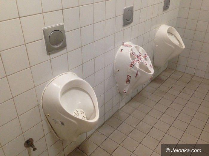 Jelenia Góra: Oburzający stan toalet w jeleniogórskim Tesco