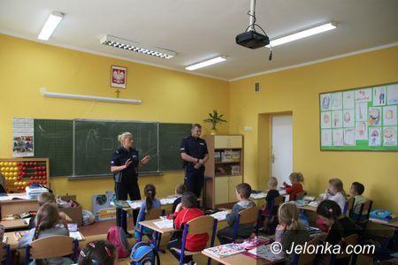 Region: Policjanci z dziećmi i młodzieżą o bezpieczeństwie
