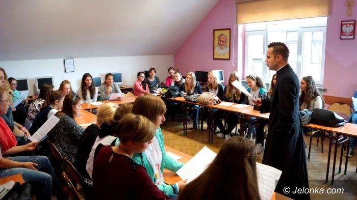 Jelenia Góra: Spotkali się wolontariusze Dni Młodzieży