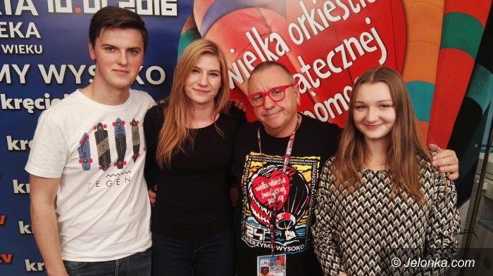 Jelenia Góra: Nasi wolontariusze WOŚP w sztabie orkiestry serc
