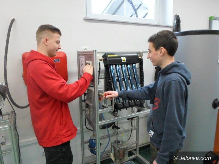 Jelenia Góra: Uczniowie zbadają niską emisję w Jeleniej Górze