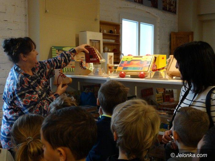 Jelenia Góra: Pierwszy tydzień zimowiska w MDK za nami