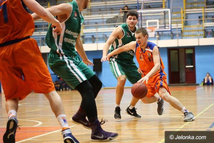 Jelenia Góra: Koszykarze Sudetów rozgromili Muszkieterów