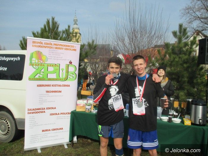 Jelenia Góra: Młodzież w biegu pamięci żołnierzy wyklętych