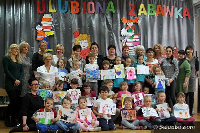 Jelenia Góra: Przedszkolaki prezentowały talenty plastyczne