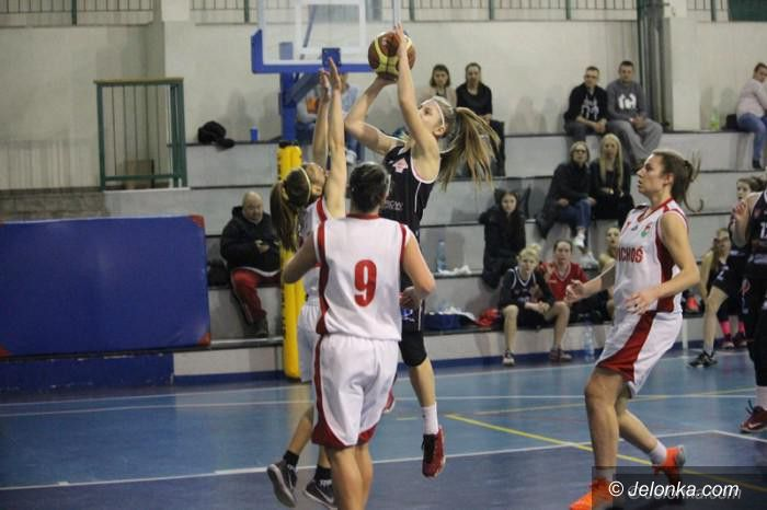 II liga koszykarek: Koszykarki Wichosia w gazie
