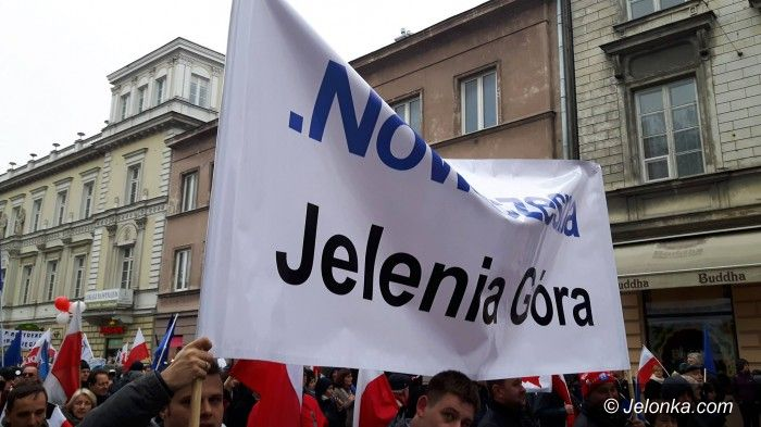 """Warszawa/Region: Jeleniogórzanie """"w obronie Konstytucji"""""""