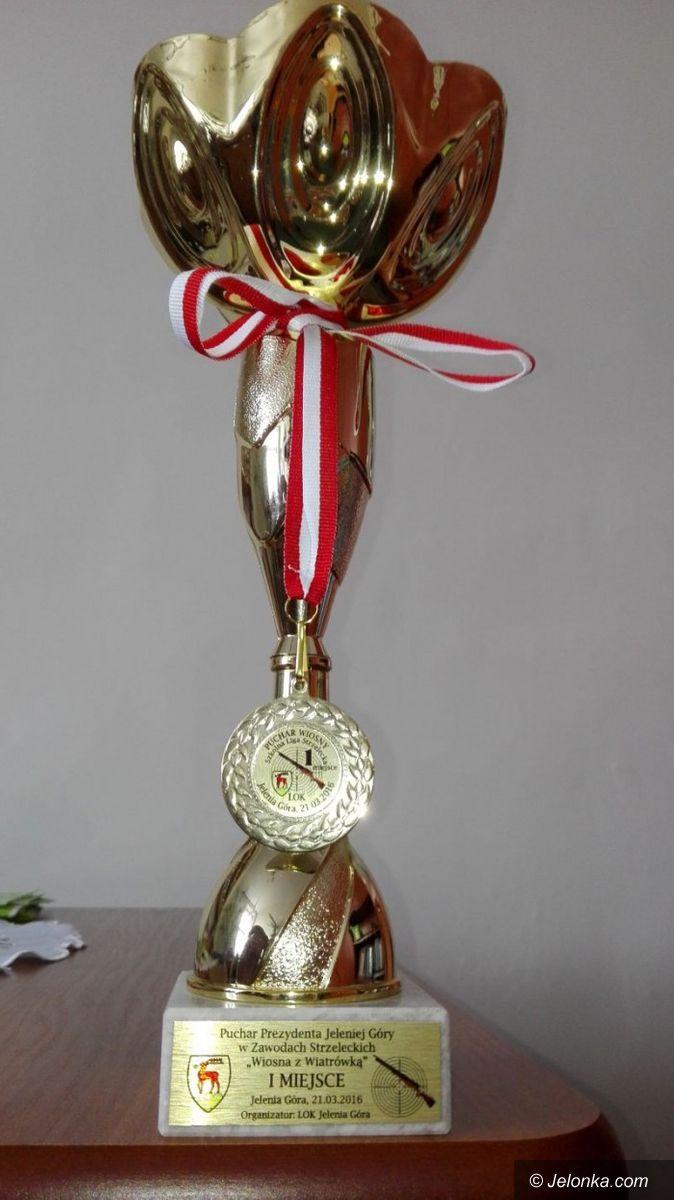 Piechowice: Puchar dla uczniów z Piechowic