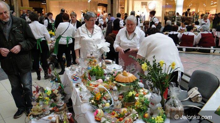 Region: Pokaz świątecznych  stołów – było co podziwiać