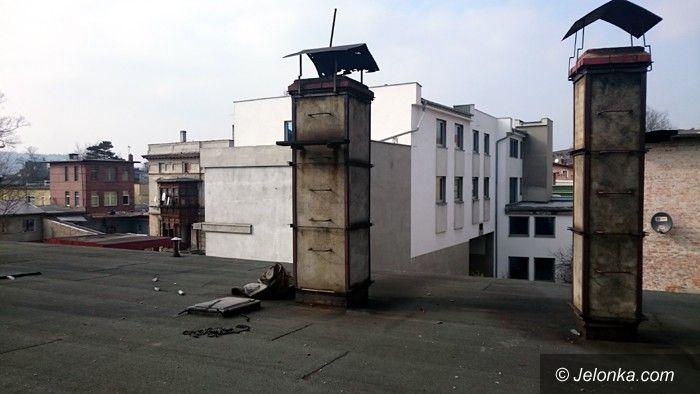 Jelenia Góra: Palił śmieci w budynku, został ukarany