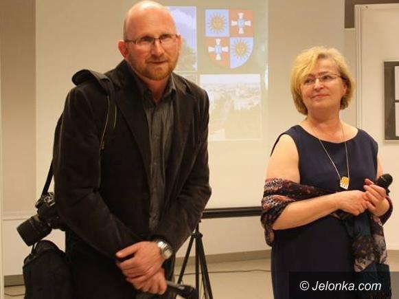 Jelenia Góra: Otwarto dwie wystawy w Galerii na Górze