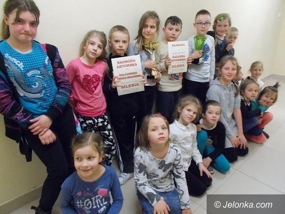 """Jelenia Góra: SP7 podwójnie nagrodzona za """"Brzydkie kaczątko"""""""