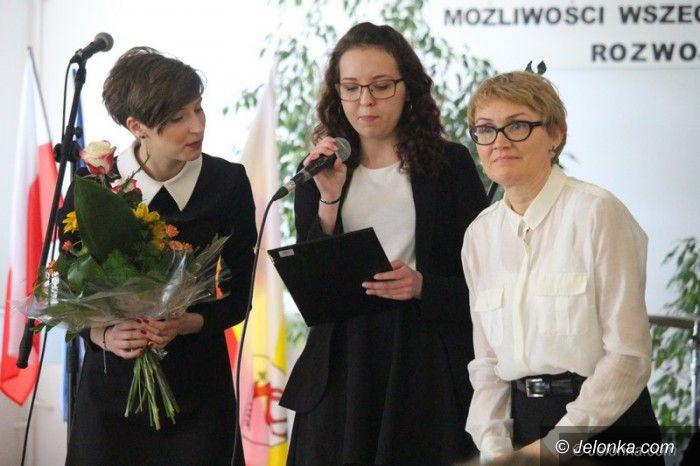 Jelenia Góra: W Mechaniku pożegnali maturzystów