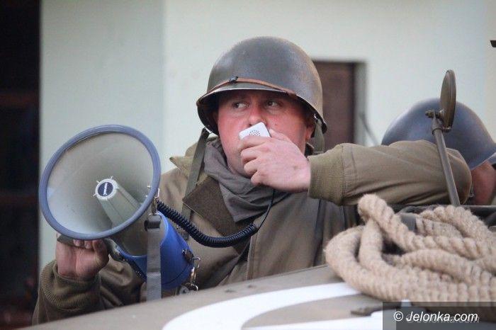 Jelenia Góra: Tłumy przemaszerowały aleją snajperów