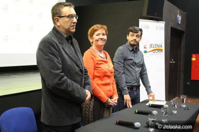 Jelenia Góra: Znamy program festiwalu teatrów ulicznych
