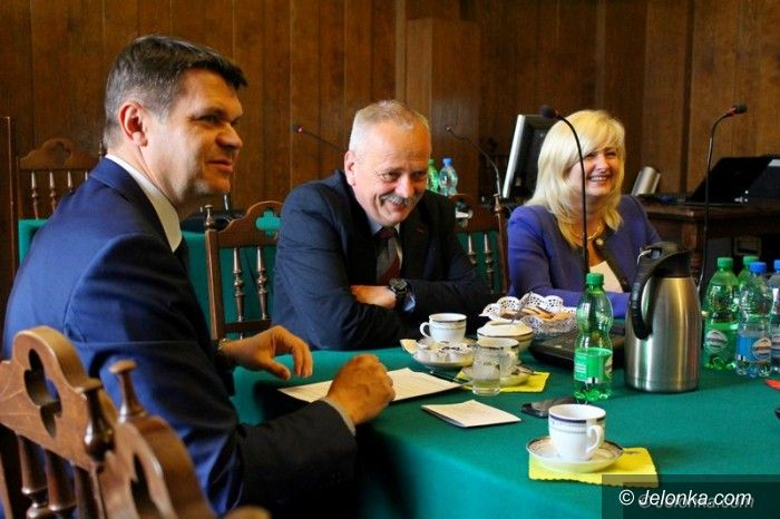 Jelenia Góra: Debata o bezpieczeństwie w regionie