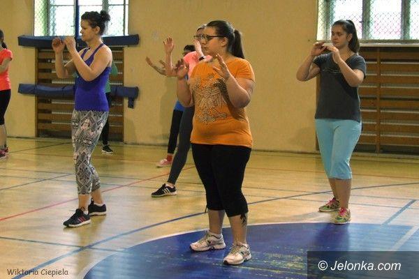 Jelenia Góra: Jeleniogórzanki uczą się samoobrony