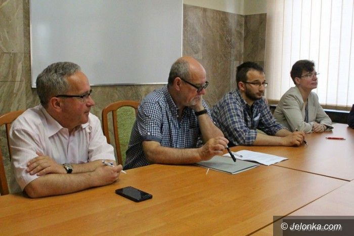 Jelenia Góra: Elektorzy wybrali dziekana wydziału UE