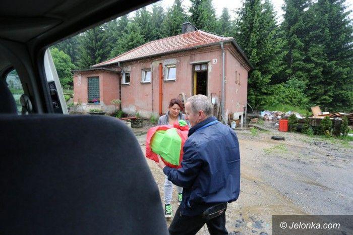 Jelenia Góra: Kolejne środki czystości trafiły do samotnych matek
