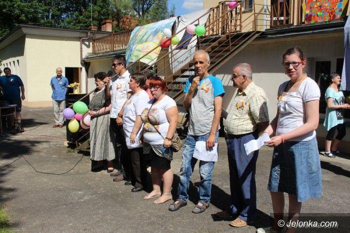 Jelenia Góra: Integracja w ogrodzie WTZ