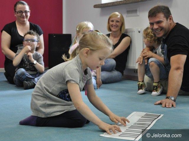 """Jelenia Góra: """"Muzyka dla Maluszków"""" w Przystani Twórczej"""