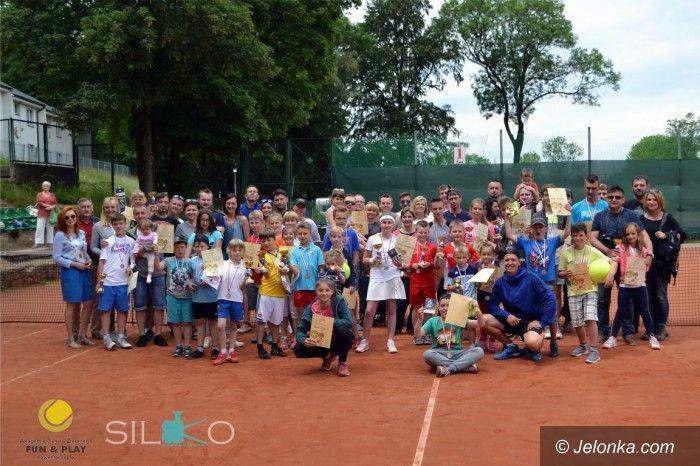 Jelenia Góra: Zacięta tenisowa rywalizacja